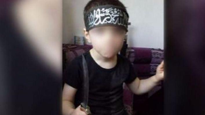 El hijo de un yihadista amenaza con asesinar australianos