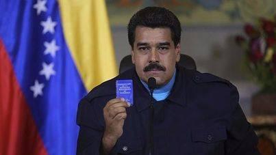 Maduro encarga una nueva Constitución