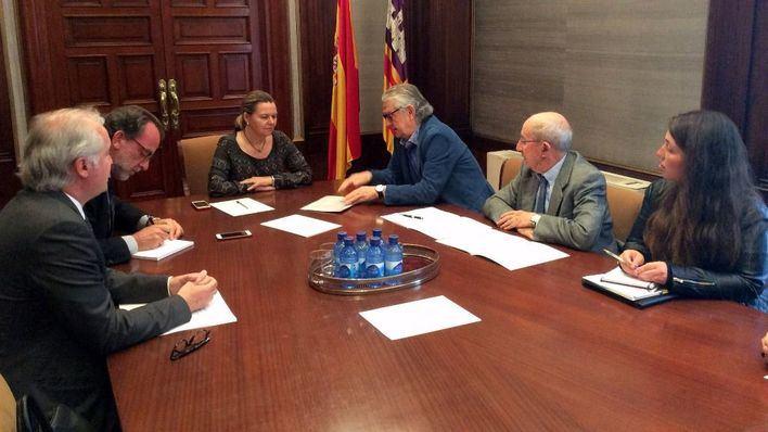 Imagen del encuentro celebrado en la Delegación del Gobierno
