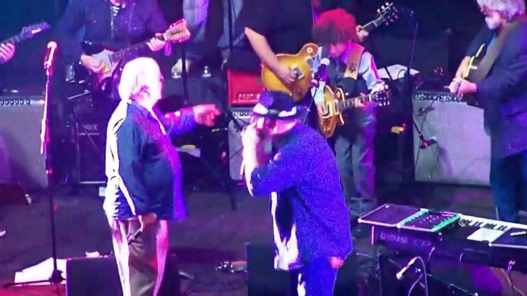Fallece en pleno concierto el guitarrista Bruce Hampton