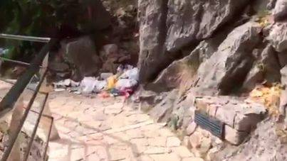 Medi Ambient mantiene el pulso con Escorca para que el ayuntamiento recoja la basura de Sa Calobra