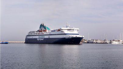 Balearia refuerza las conexiones con Menorca para Sant Joan