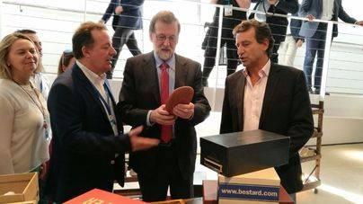 Rajoy acude a la clausura del Congreso de Mallorca que elige a Jeroni Salom con el 98% de votos