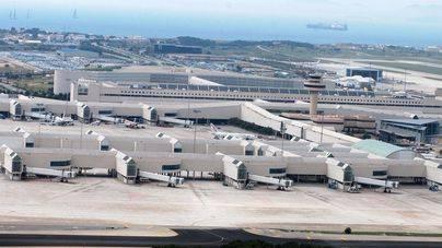 La lluvia obliga al aeropuerto de Palma a espaciar los aterrizajes
