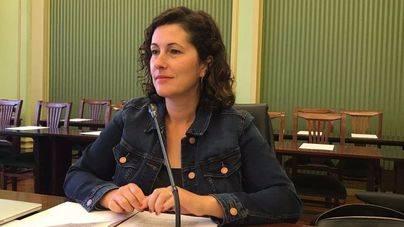 """Silvia Tur a las asociaciones náuticas: """"se tiene que proteger a la posidonia, no a los navegantes"""""""