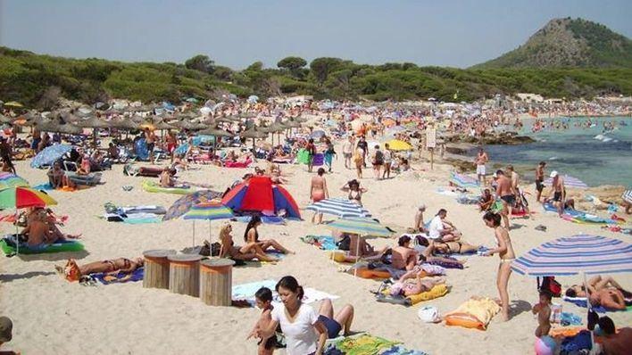 Las playas llenas son la tónica general de cada verano