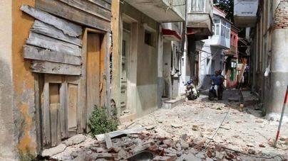Un muerto y varios heridos en un terremoto en la isla griega de Lesbos