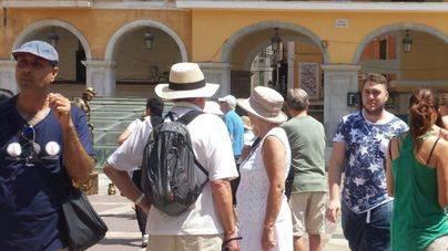 Imprescindible, sombreros y ropa ligera