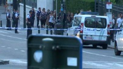 El terrorista abatido en Bruselas tenia una bomba preparada