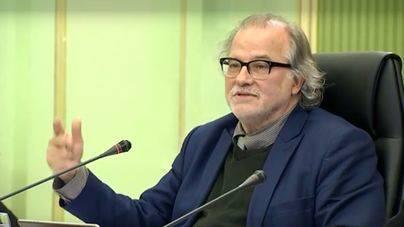 Andreu Manresa asegura que lo hace para colaborar con la investigación