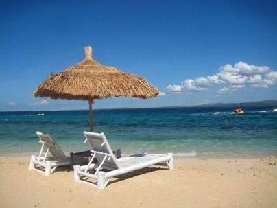 El 58% de los españoles ahorra todo el año para las vacaciones