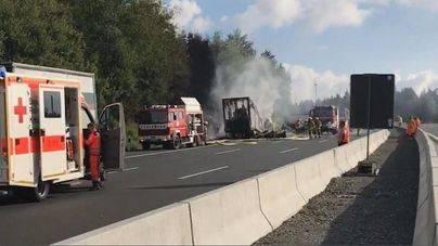 17 desaparecidos en una colisión entre un autobús y un camión en Alemania