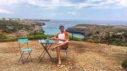 Iker Casillas, en Menorca, se toma un Gin Xoriguer