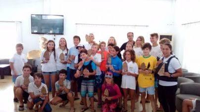 El Club Nàutic s'Arenal se impone en el Trofeo Renault Llucmajor