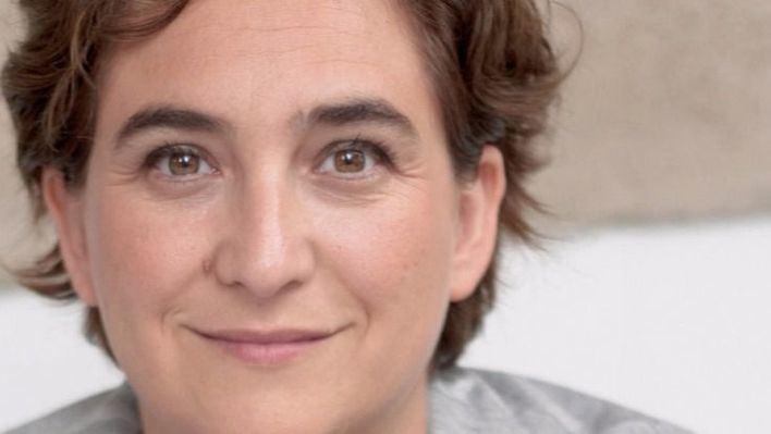 Ada Colau le escribe a Toni Noguera y se olvida de Hila