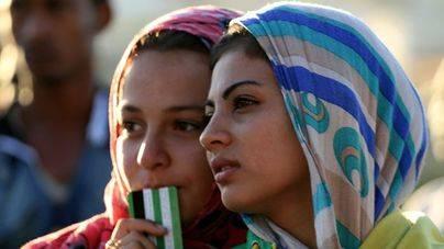 España suspende en violencia de género y en el trato a las refugiadas