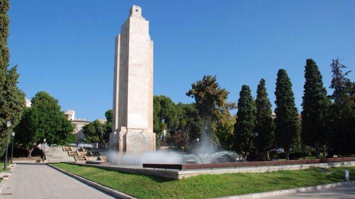 La polémica por el derribo o no del monumento centra la actualidad