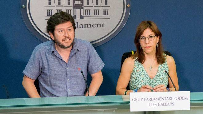 Jarabo y Camargo tensan la negociación a un día de la votación