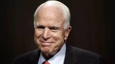 Detectan un tumor cerebral al senador republicano John McCain