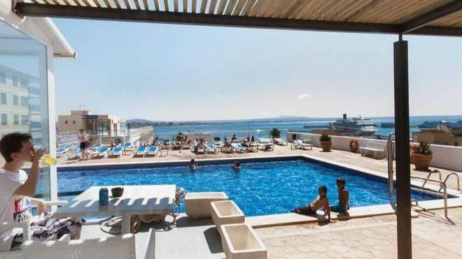 Las pernoctaciones hoteleras en Balears aumentan un 2 por ciento en junio, hasta 9,4 millones