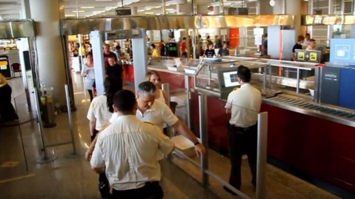 El Aeropuerto de Palma amplía el acceso al control de seguridad para pasajeros y reducir las colas