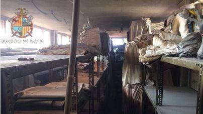 Evacuados los huéspedes de un hotel por un incendio en la lavandería