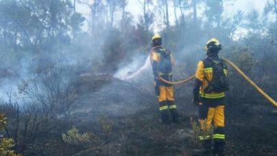 El incendio ha sido controlado por los bomberos