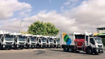 Emaya destina cuatro millones a la compra de 31 nuevos vehículos de recogida de residuos