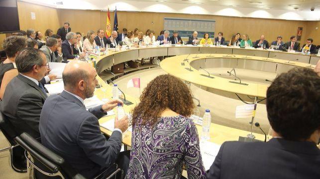 Reunión del Consejo de Política Fiscal y Financiera. Cladera, de espaldas