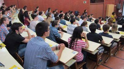 Los alumnos de Balears, los que estarán menos años en las aulas