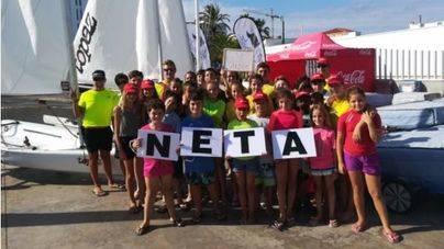 65 jóvenes recogen más de 70 kilos de residuos en playas de Ibiza