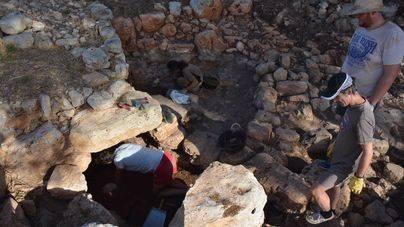Las excavaciones de Can Jordi permiten recuperar parte del poblado talayótico de 3.000 años