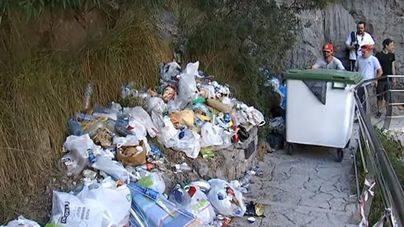Escorca expedienta a la Conselleria de Medio Ambiente por la basura acumulada en Sa Calobra