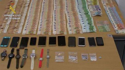 Desmantelado un grupo criminal dedicado al robo con violencia y tráfico de drogas en Magaluf