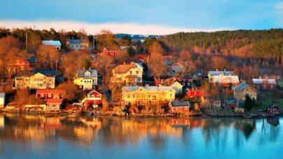 Dos muertos y ocho heridos en Turku (Finlandia) tras un apuñalamiento masivo