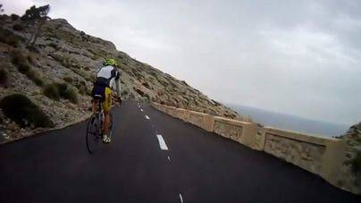Un ciclista muy grave tras caer en la carretera del faro de Formentor