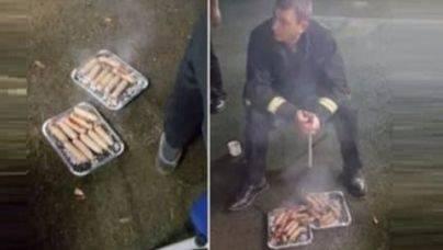 Bomberos ingleses rescatan a 18 cerditos y se los comen en una barbacoa