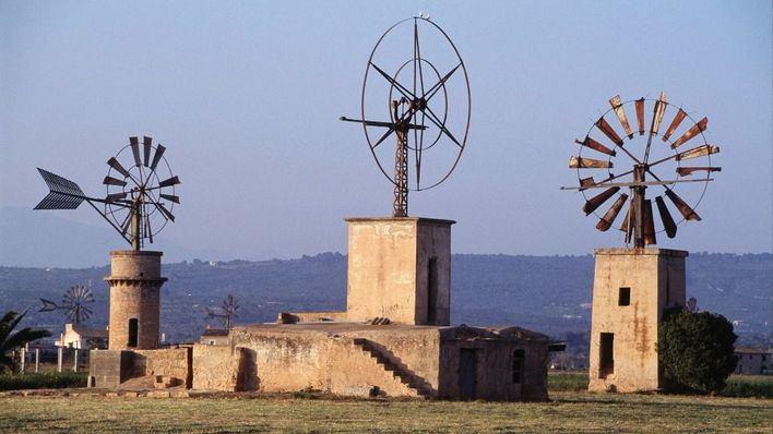 Balears resalta el atractivo turístico de sus molinos