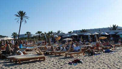 Herido grave tras precipitarse desde un tercer piso en Ibiza
