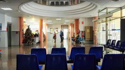 El turismo de verano causa estragos en centros de salud de Mallorca
