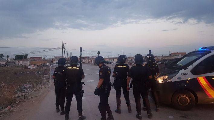 Imagen de la actuación policial en el poblado