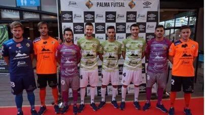 El Palma Futsal luce su nueva equipación en Nova Beach Lounge