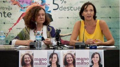 Carolina Bescansa arropa a Mae de la Concha en Palma y carga contra el PP de Balears
