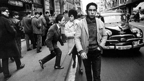 Fallece el fotógrafo Joan Colom, retratista de la Barcelona marginal