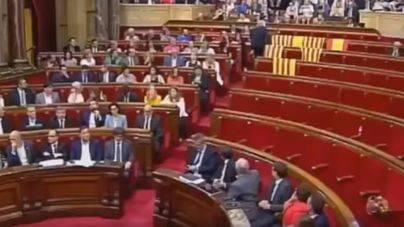 Silencio de El PI y Podem, emoción en Més y críticas del PSIB, PP y C's ante la crisis en Cataluña