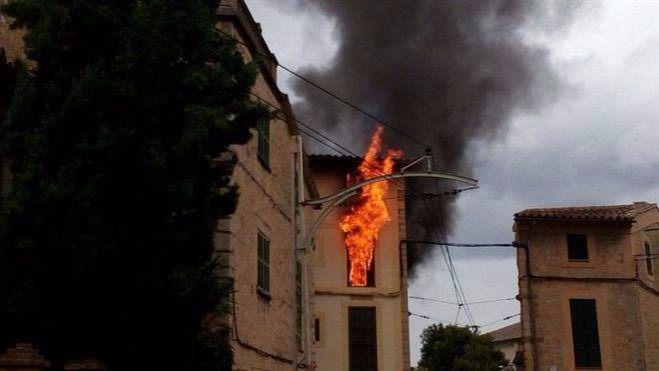Condena de 5 años a un hombre por quemar la casa de su expareja en Sóller