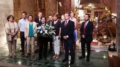"""PP y Cs celebran la """"No-Diada de Mallorca"""" con una ofrenda floral a Jaume II"""
