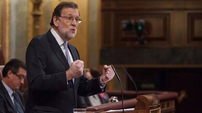 Rajoy no se cierra a reformar la Constitución