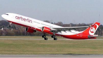 Niki Lauda ofrece 100 millones por 38 de los aviones de Air Berlin