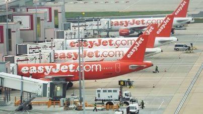 EasyJet y Booking buscan un pasajero que viaje a 20 ciudades en 30 días